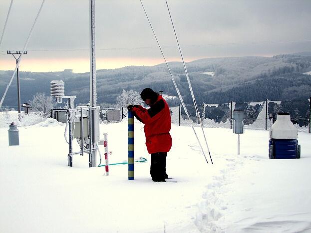 Váhový sněhoměr